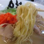 博多ラーメン 膳 - 細麺