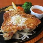 ステーキのあさくま - 料理写真:チキンステーキ ジンジャー 1,180円(税別)。