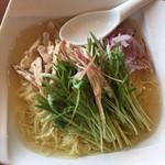 鼎泰豐 - 冷製鶏スープ麺