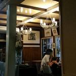 ロージナ茶房 - 店内