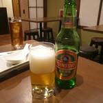外灘紅緑灯 - 青島ビール 小瓶 550円