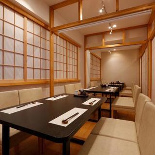 新宿の喧騒を離れた隠れ家和食店