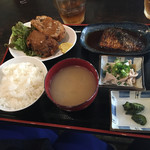 居酒屋 殿(シンガリ) - 日替わり「手作りメンチカツ&サバ味噌」800円」