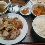 龍記 - 揚げ鶏のねぎソース定食780円。