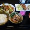 Bikyuushokudou - 料理写真:Bセット(税別800円)  ホイコーロー・シューマイ・唐揚げ