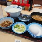松屋 - 料理写真:牛皿朝食
