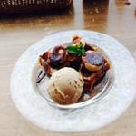 マドカフェ - チョコバナナワッフル セットで+¥310