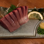 居酒屋美国 - 料理写真:カツオのお刺身