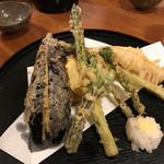 居酒屋美国 - 季節野菜の天ぷら盛り合わせ