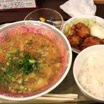 赤坂 ふーちん - C定食600円(ラーメン、ごはん、唐揚げ、杏仁豆腐)