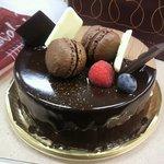 デザート ラボ ショコラ - バレンタイン限定30個のケーキ☆友人のOさんとRさんから、アメリカンスタイルでVDギフトいただきました*・★。