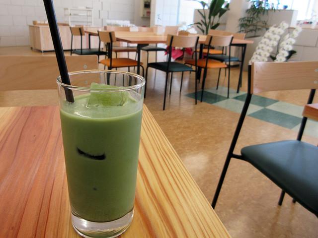 d:matcha Kyoto CAFE & KITCHEN - カレーにセットの抹茶オレ(2017.5月)