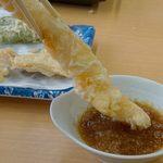 だるまの天ぷら定食 - 料理写真:大海老の天ぷらが有名です。