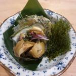 葉山無垢 - 料理写真:単品から長井のさざえ煮