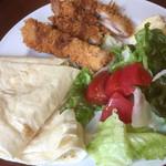 レストラン ティカル - ♪チキンカツとたっぷり野菜のタコス ¥78