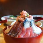 魚バカ一代 牡蠣の巻 - 勝手丼
