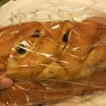 柳屋洋菓子店 - ぶどうパン