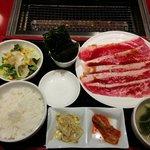 焼肉 平城苑 寛雅亭 - 和牛焼きしゃぶカルビセット ¥980