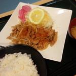 情熱食堂 - 焼肉定食(590円)