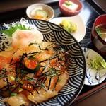 しらす亭 - 鯛の漬け丼  1200円