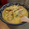 西海 - 料理写真:ちゃんぽん(800円、斜め上から)