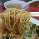 尚チャンラーメン - 焼きそば麺リフト
