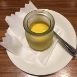 エチオピアカリーキッチン - マンゴープリン(上から)