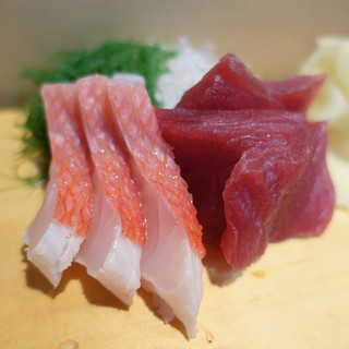 鮨芳 - 料理写真:お造り(まぐろ赤身・金目鯛)