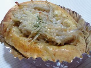 ハトヤ - ごぼうパン