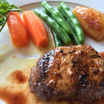 メインダイニングルーム - 霧降高原牛のステーキ 日光味噌のバターソース