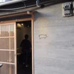 豚ステーキ十一 - 豚肉を使ったミディアムレアステーキで有名な十一さんの住吉店です。