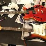 ハローキッド - 見事にチューンされたギター