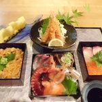 づけ丼屋 桜勘 - 料理写真:三重 海鮮丼定食