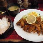 サウス・ウィング - カキフライ定食