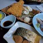 67940109 - 魚フライと煮魚