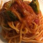 wainshokudouhooba-ru - ブロッコリーとアンチョビのトマトソースの生パスタ。 美味し。