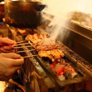 炭火でじっくりと焼いた旨み溢れる自慢の串焼き1本180円♪