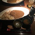 青柚子 - 魚がしカレー850円