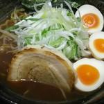 さっぽろ麺屋 文太郎 - 昭和の醤油ラーメン+ネギ+味付玉子