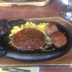 ブロンコビリー - 私の食べたブロンコハンバーグLとカットステーキ ステーキが美味しかったです。(^^)