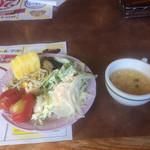 ブロンコビリー - サラダバーでお腹イッパイです。
