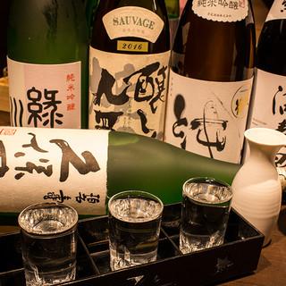 100種類以上の飲み放題&高級地酒も多数!