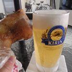 広島屋 - ジョッキ生と鶏もも肉