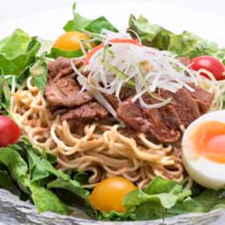 夏季限定◆6/1スタート◆牛カルビのピリ辛冷麺は1,850円