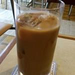 ひまつぶし - ひまつぶし セットの冷たいカフェオレ甘いやつ