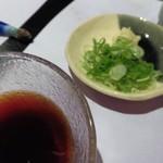 魚棚ふみ文 - そうめんの汁と薬味