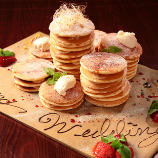 お誕生日や記念日に!☆祝☆HAPPYタワーパンケーキ♪