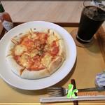 カフェギャラリー番匠 - ピザとアイス珈琲