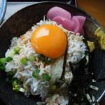 あさひ - しらす小丼(280円)
