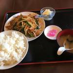 台湾料理福味居 - 料理写真:ニラレバ定食 880円